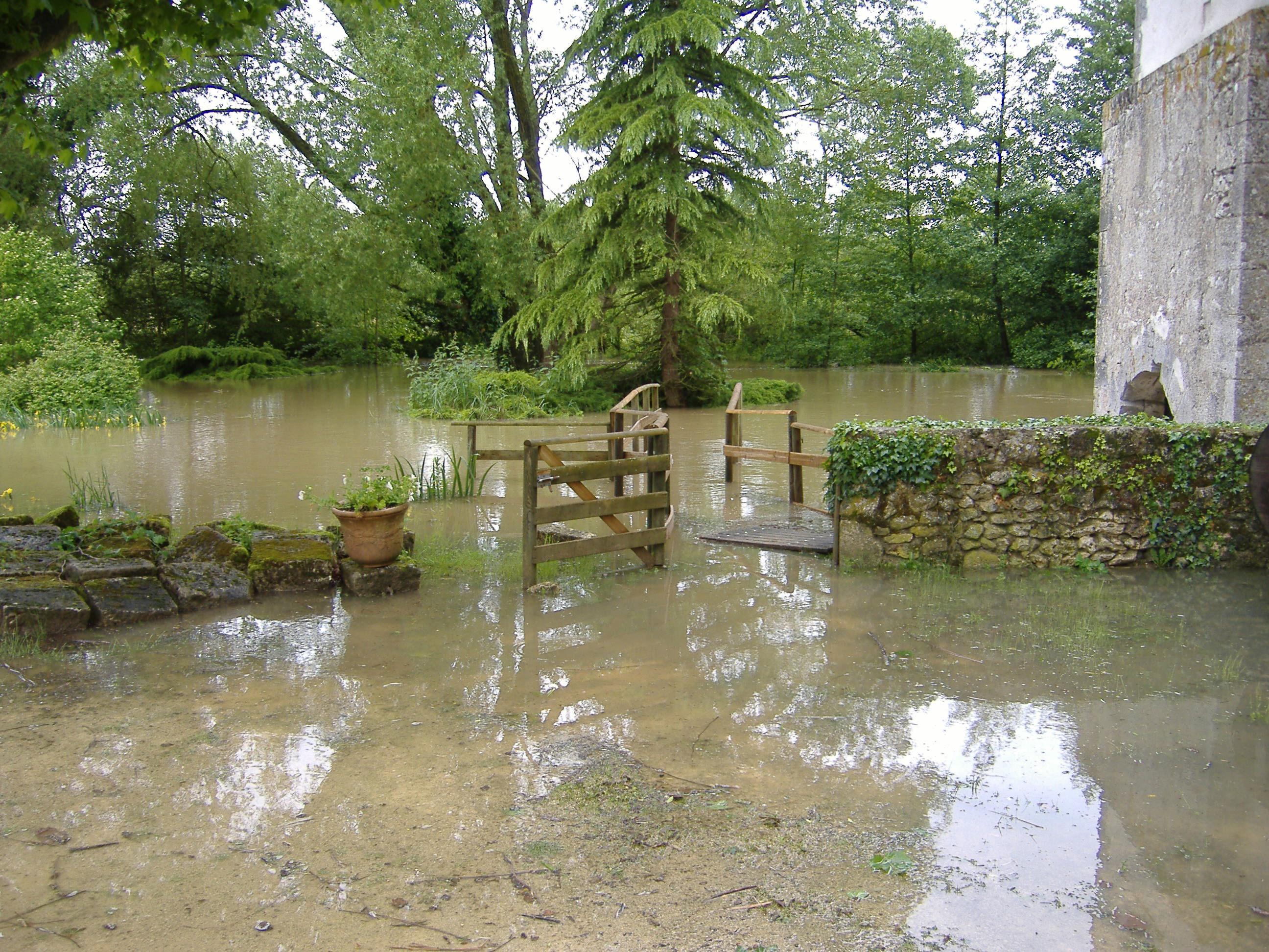 Lors-des-inondations-de-201