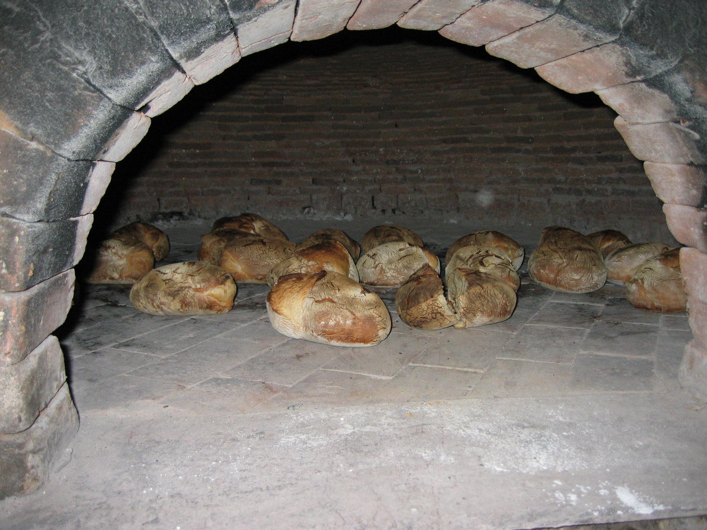 cuisson-du-pain-dans-le-fou WEB